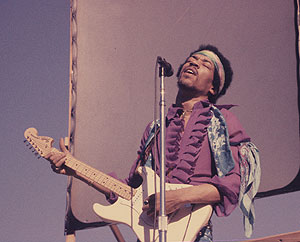 Jimi Hendrix, George Fullerton to be inducted into Fender Hall of Fame