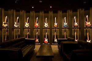 Fender Showcase Tokyo Opens