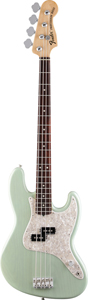 Fender's redesigned Hoppus Jazz Bass hits the mark