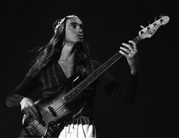 Metallica's Trujillo buys Jaco's 'Bass of Doom'